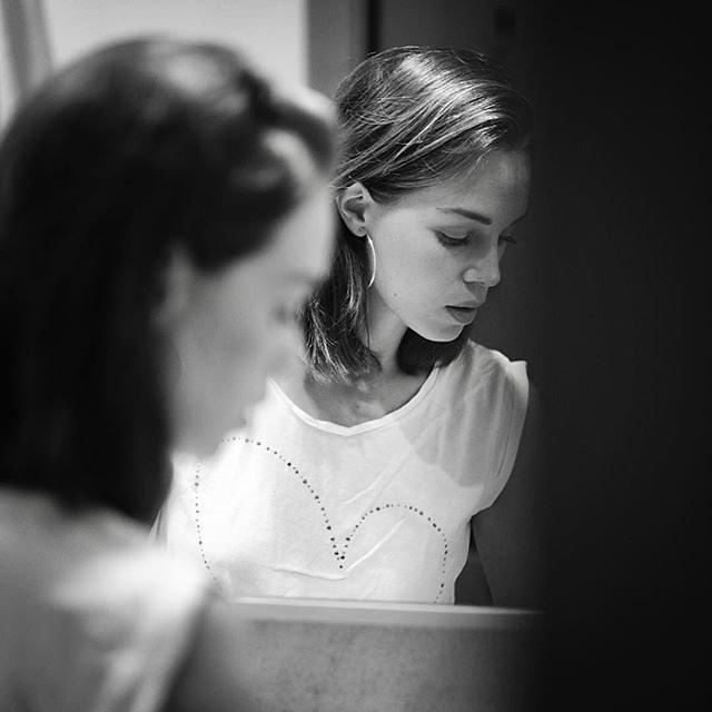 Mirror. Moment. :
